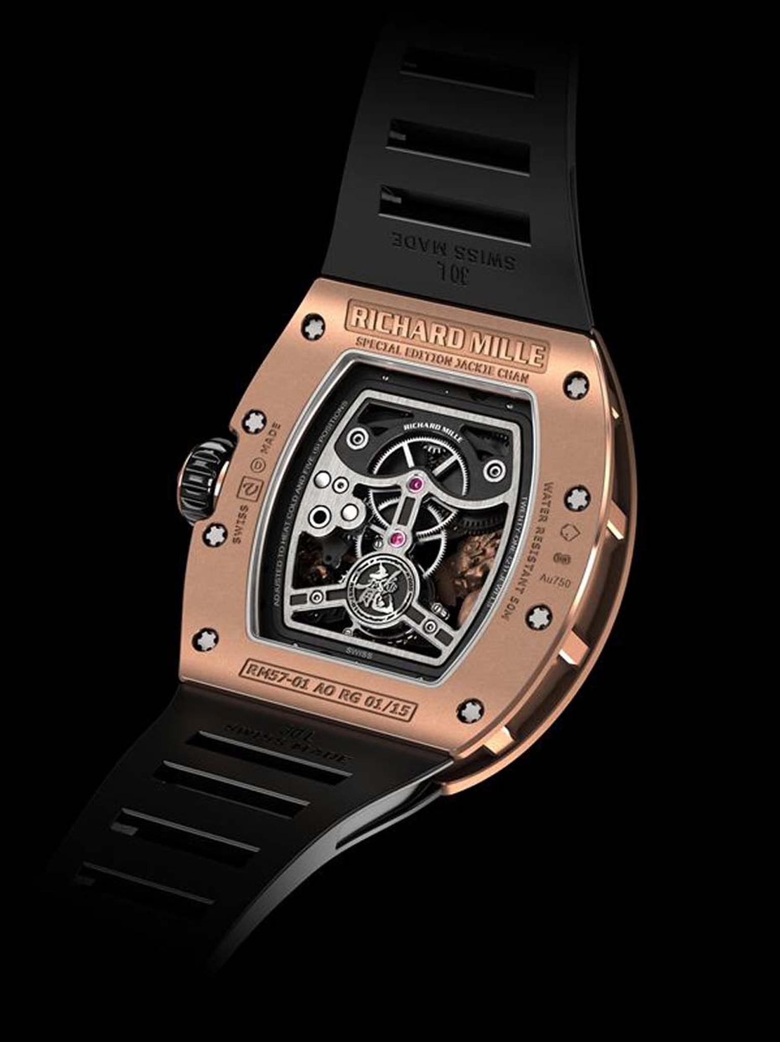 The new Richard Mille RM 57-01 Phoenix and Dragon Jackie Chan watch has double winding barrels to ensure a power reserve of 48 hours. Limited to 15 pieces in white or rose gold, it is destined to become a collector's piece.