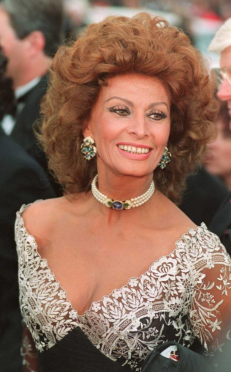 Celebrity fans of the Marina B brand include screen legend Sophia Loren, pictured at the 65th Annual Academy Awards in 1993 wearing a pearl collar similar to the one that will be auctioned by Bonhams Hong Kong.