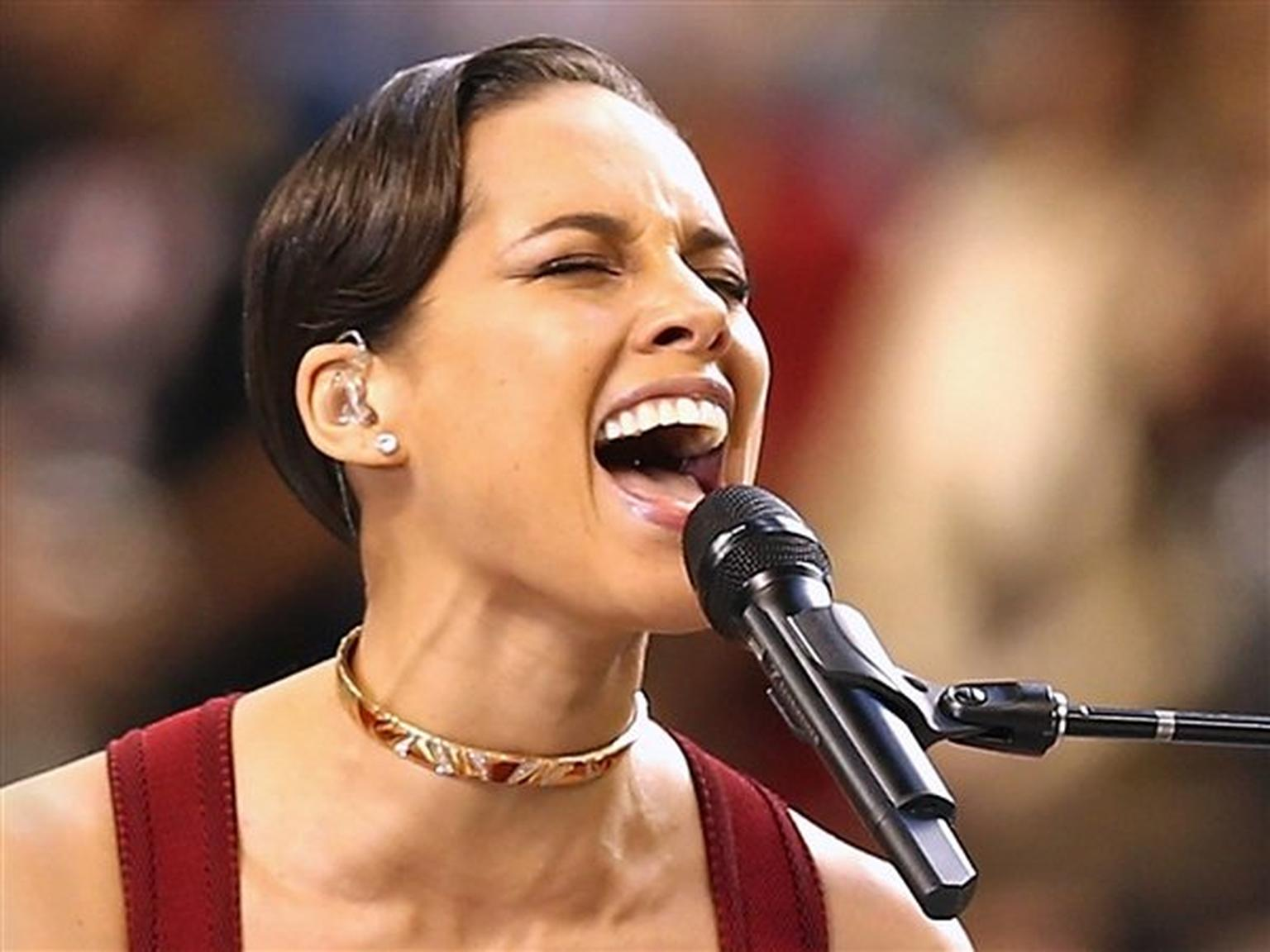 The Marina B diamond necklace worn by Alicia Keys when she performed during last year's Super Bowl is part of the Legendary Luxury Jewellery Collection designed by Marina Bulgari for her eponymous luxury label Marina B, which will go on sale at Bonhams Ho