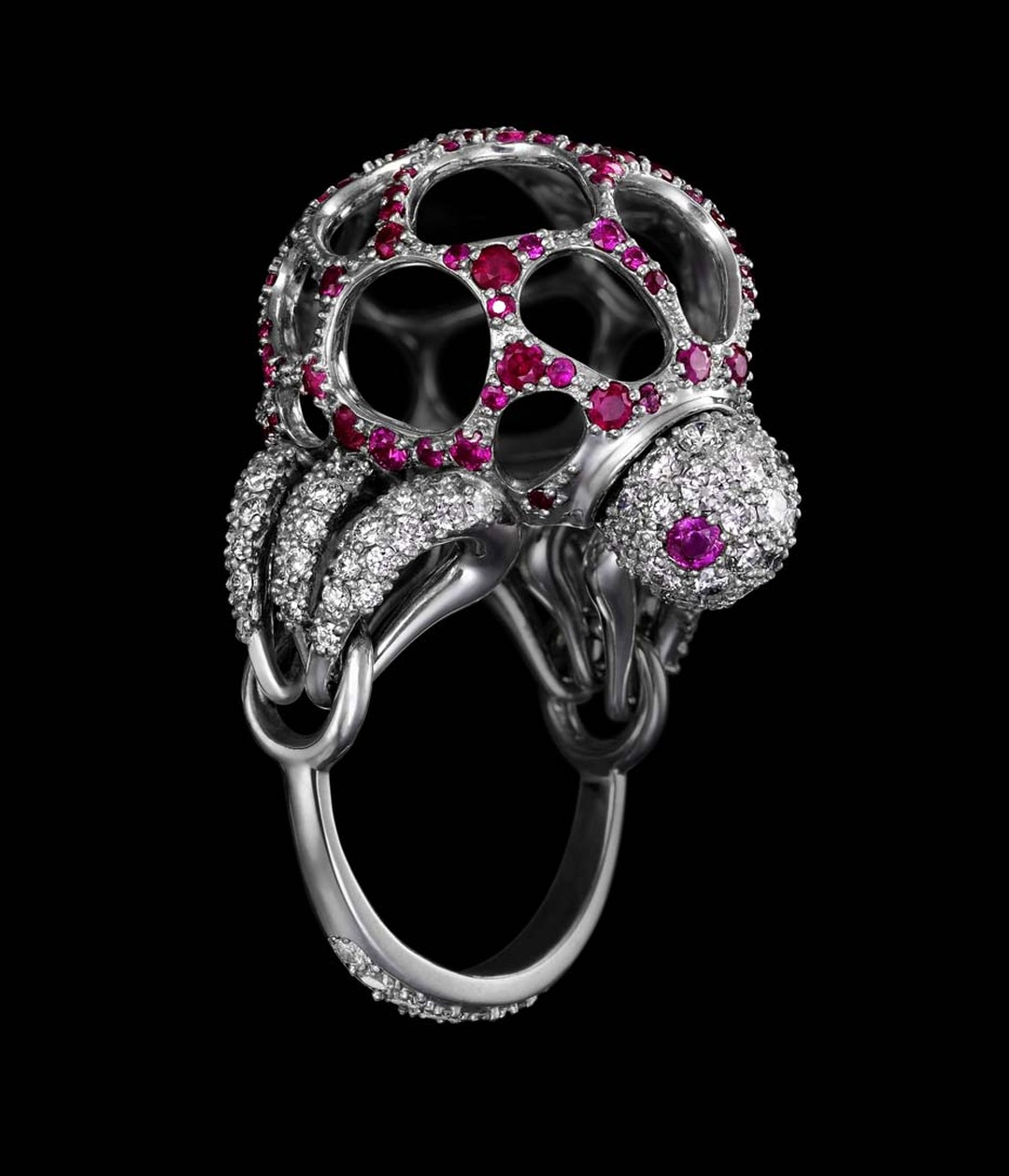 Dashi Namdakov diamond and ruby Bumble Bee ring in white gold and white and black rhodium.