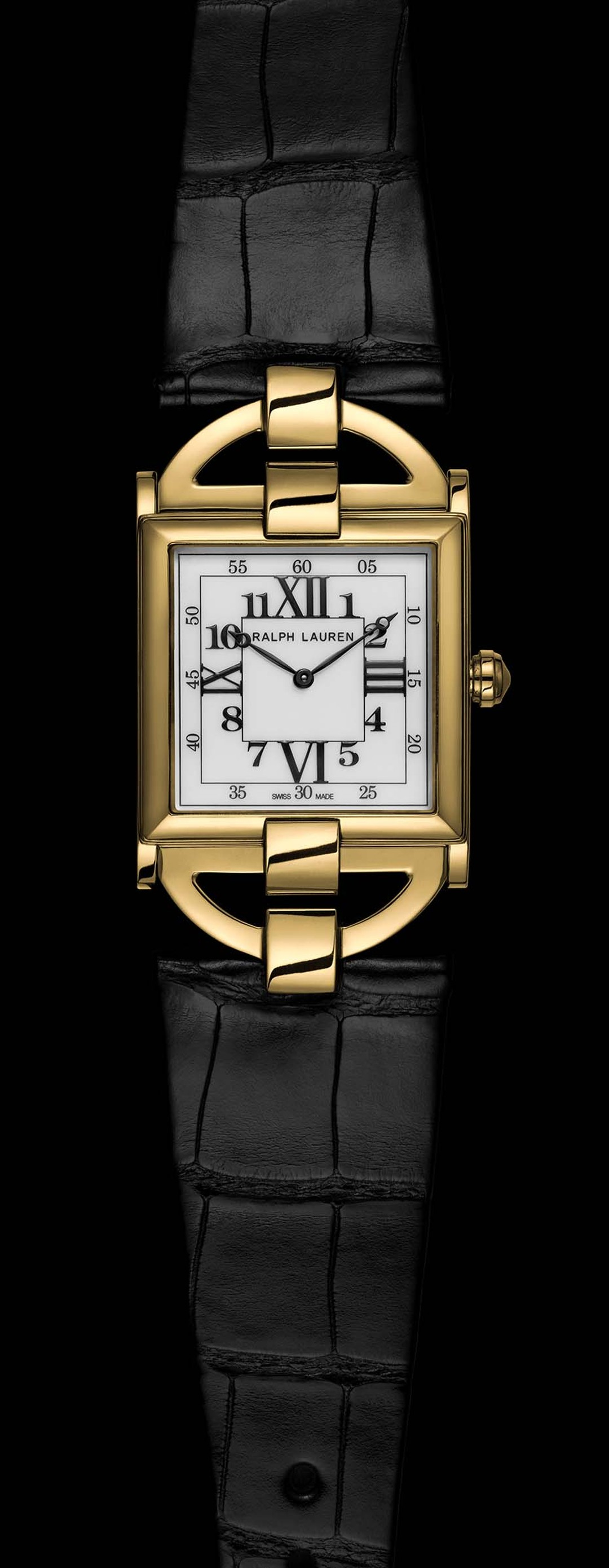 The spirit of Art Deco comes to life in the streamlined contours of the 867 Connoisseur watch and resonates in the beautiful square gold case with its stepped flanks and gently arched profile.