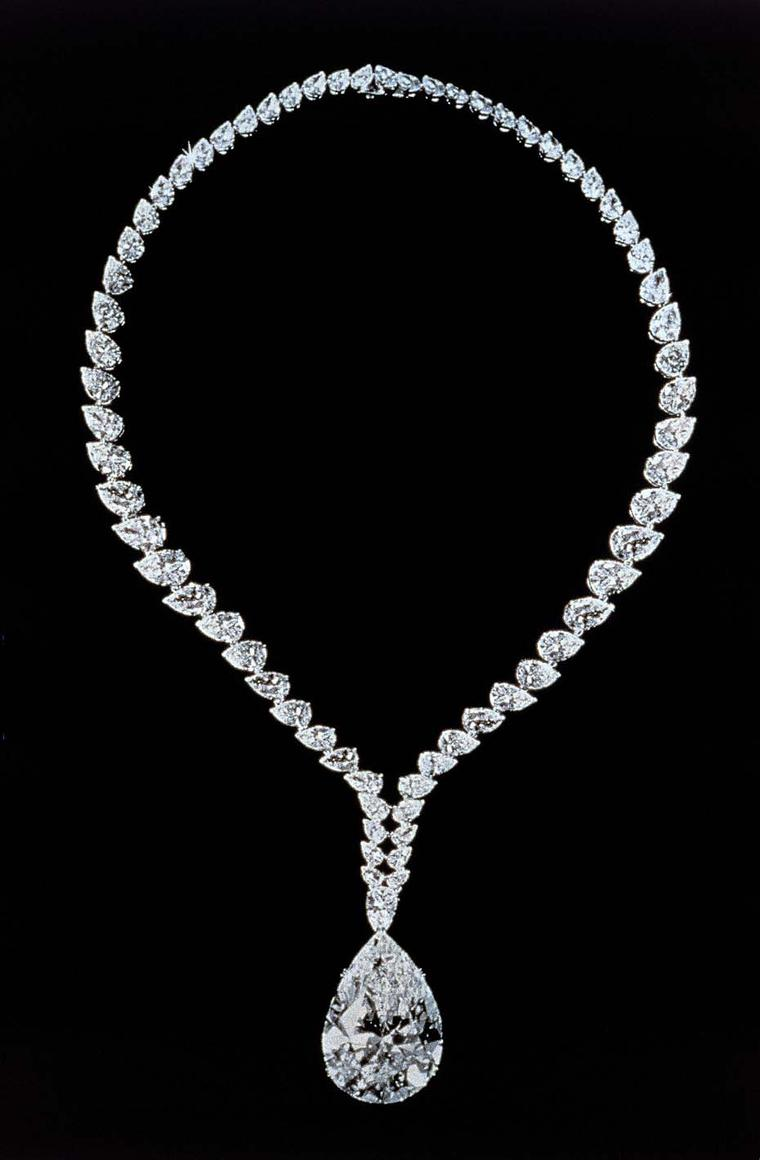 Elizabeth Taylor requested that the 69.42ct Taylor-Burton diamond - a birthday gift from her fifth husband, Richard Burton - be removed from its ring setting and set into a diamond necklace by Cartier, which she wore to the 42nd Academy Awards in April 19
