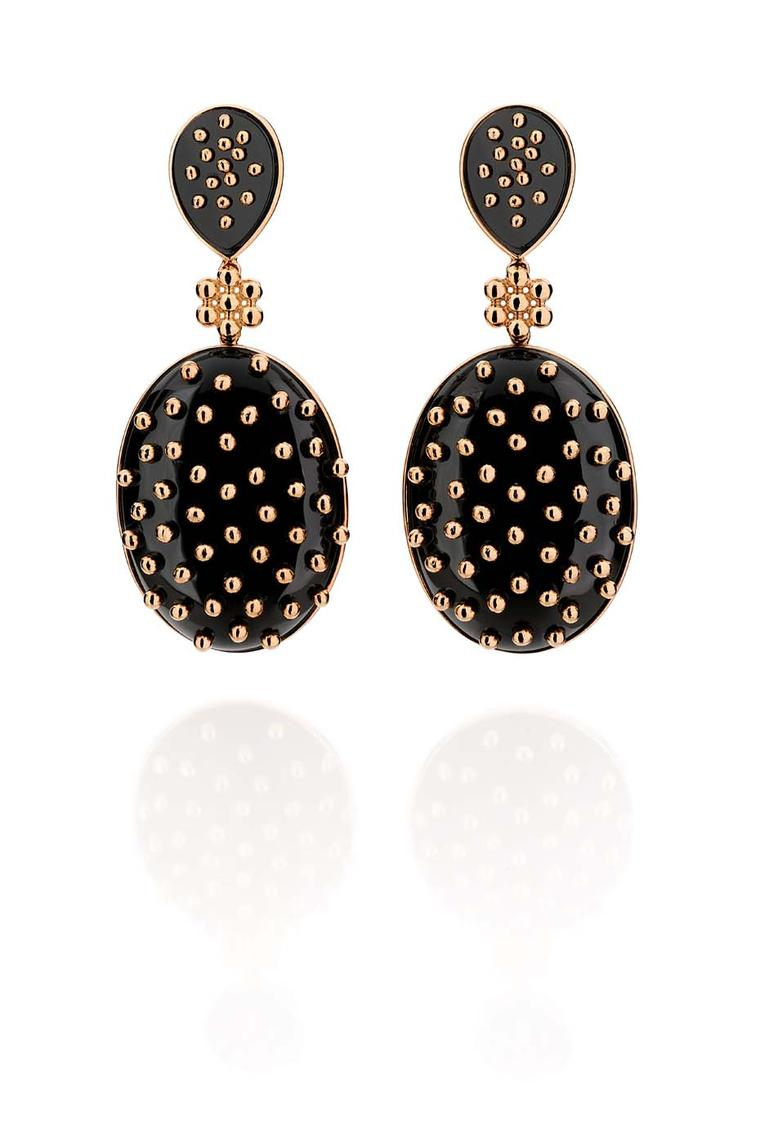 Carla Amorim rose gold Noite Paulistana earrings with onyx.