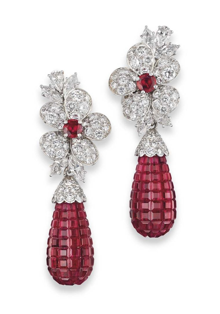 Christie's Important Jewels Sale also saw the sale of a pair of ruby and diamond earrings by Van Cleef & Arpels circa 1990, which sold for more than double their estimate, fetching £242,500 (estimate: £80,000-100,000).