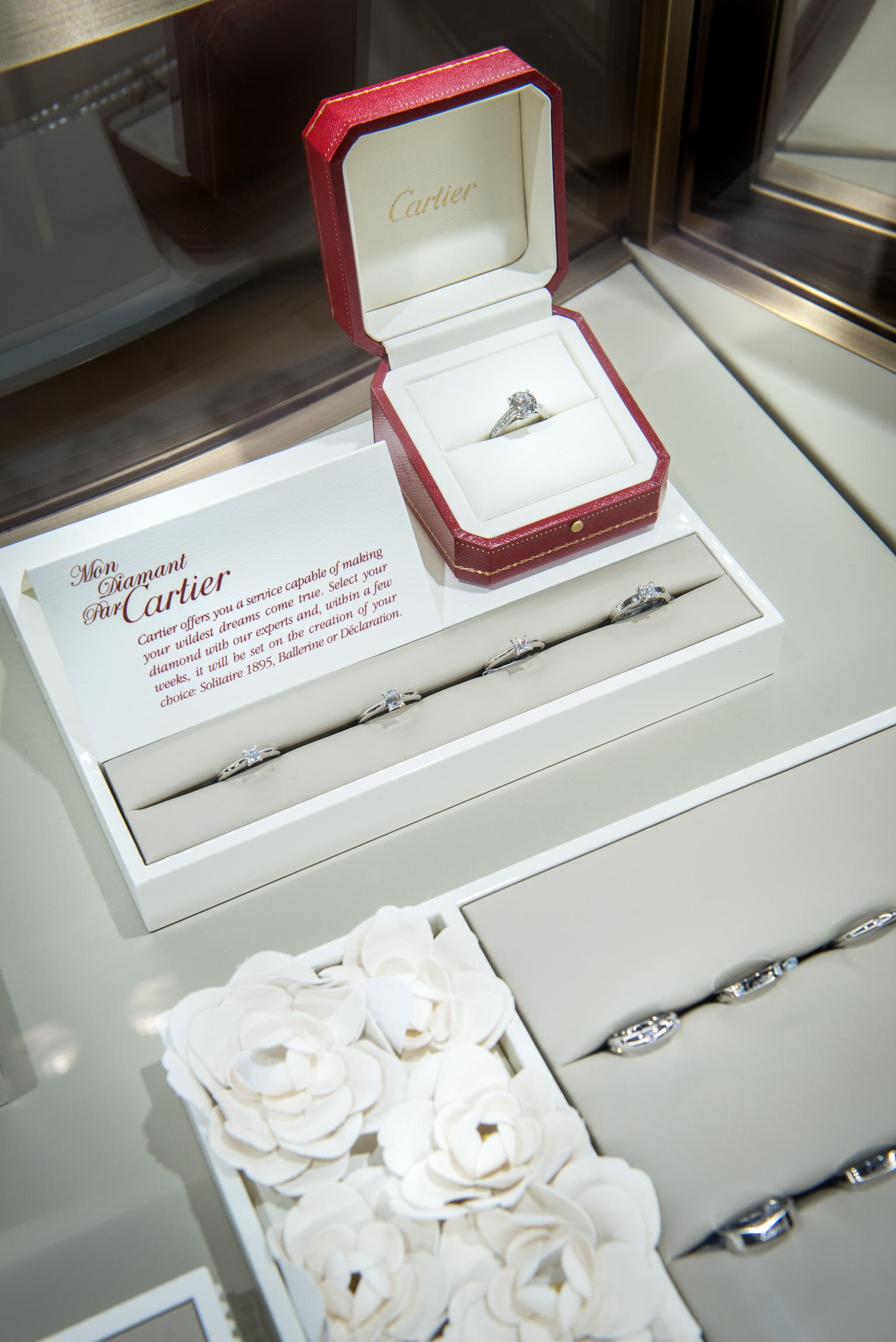 With over 600 engagement rings to choose from, there is something for all tastes and budgets as well as the bespoke three week Set for You custom-made service.