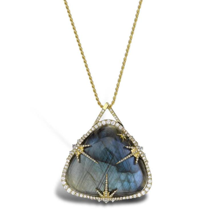 Venyx Theiya collection Obscura pendant in yellow gold with diamonds and labradorite.