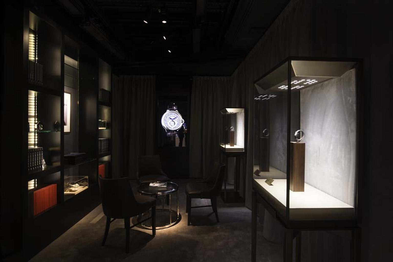 A VIP client area at The Man by Cartier pop-up store in Harrods is a luxurious and snug area in which you can browse a range of watches that span the watchmaking history of Cartier.