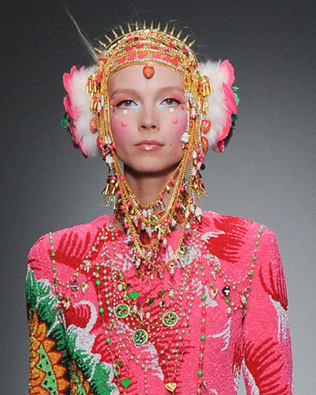 A model wearing jewels from Amrapali and Manish Arora's fourth collaborative collection during Paris Fashion Week.