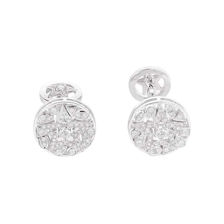 A sparkling Christmas gift for men: Chanel Étoile Filante white gold cufflinks with 116 brilliant-cut diamonds.