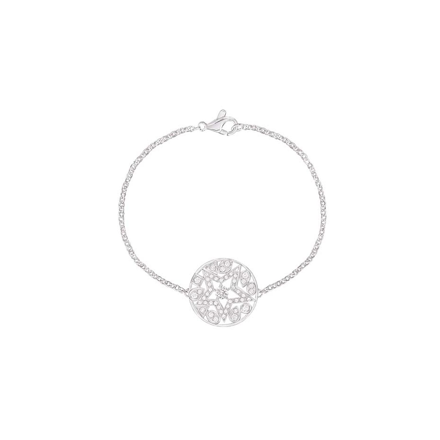 Chanel Étoile Filante white gold bracelet with brilliant-cut diamonds, from the Comete collection.