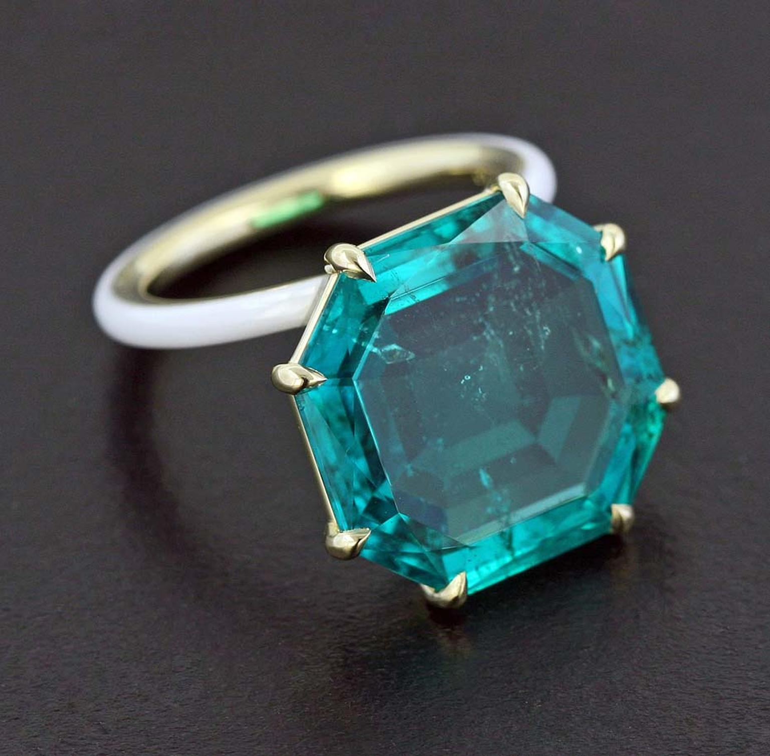 James de Givenchy Taffin emerald, white ceramic and yellow gold ring.