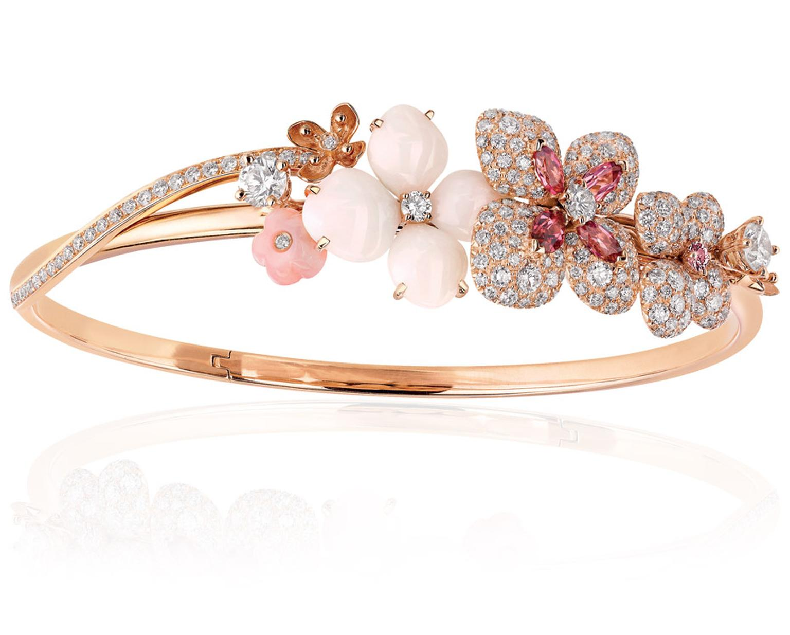 Chaumet Hortensia bracelet in pink gold with rubies, pink sapphires, rhodolite garnets, red and pink tourmalines.