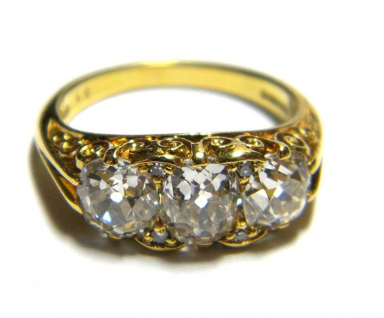 Vintage engagement rings: what you need to know before buying vintage jewellery