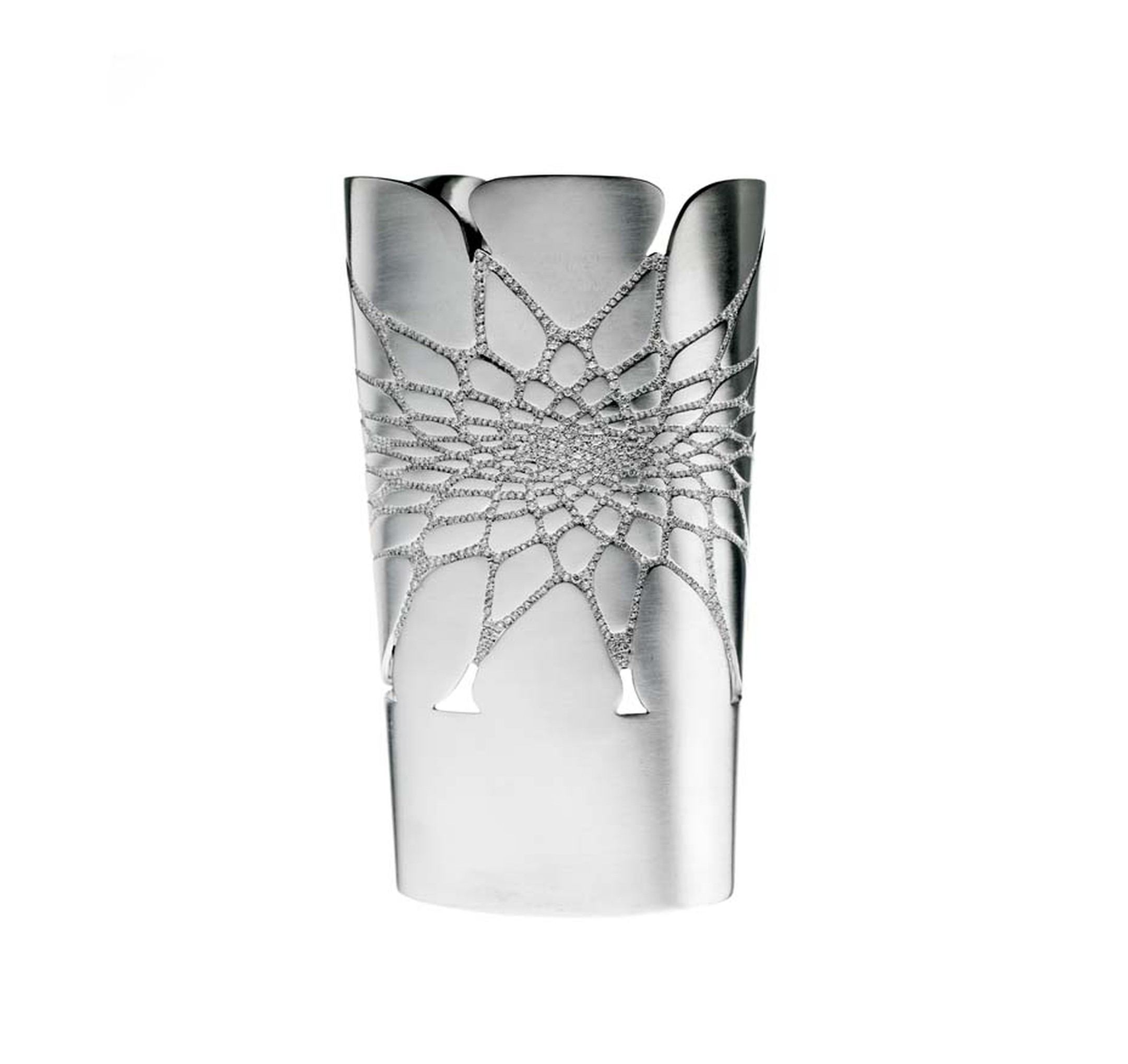 Celebrated international architect Dame Zaha Hadid has collaborated with Lebanese jewellery house Mouzannar to design a white gold cuff set with 1,048 diamonds.