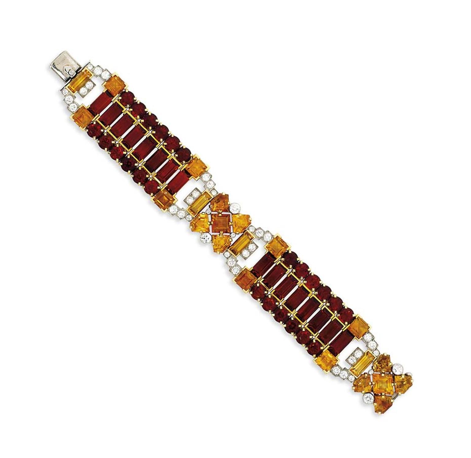 The Art Deco citrine and diamond Cartier London bracelet, circa 1935, that sold for £80,500 at Christie's Important Jewels sale in London on 26 November 2014 (estimate: £25,000-35,000).