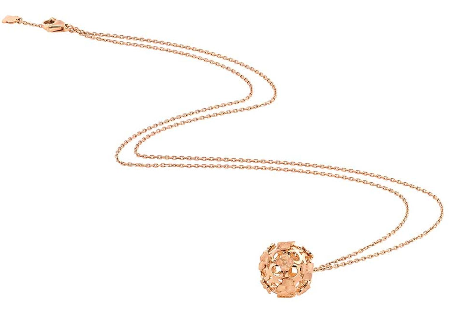 Chaumet Hortensia rose gold necklace (£2,030).
