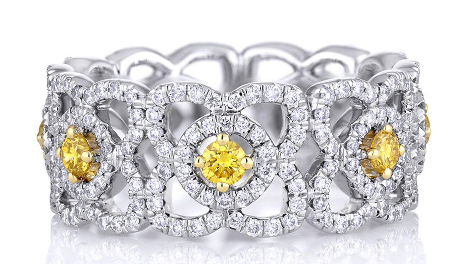 De-Beers-Enchanted_Lotus_Band_with_Yellow_Diamonds