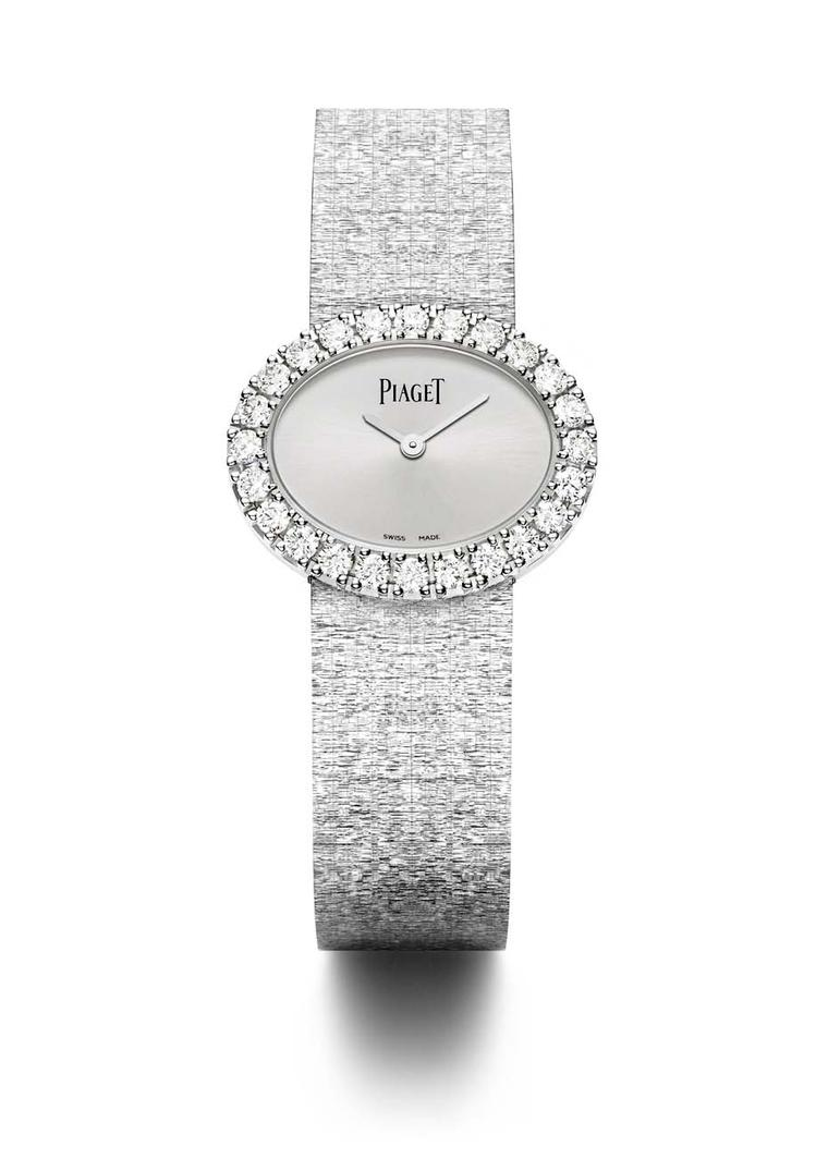 The dials of the new Traditional Oval watches are a soft silver tone allowing the claw-set diamonds on the bezel to shine with their own light.
