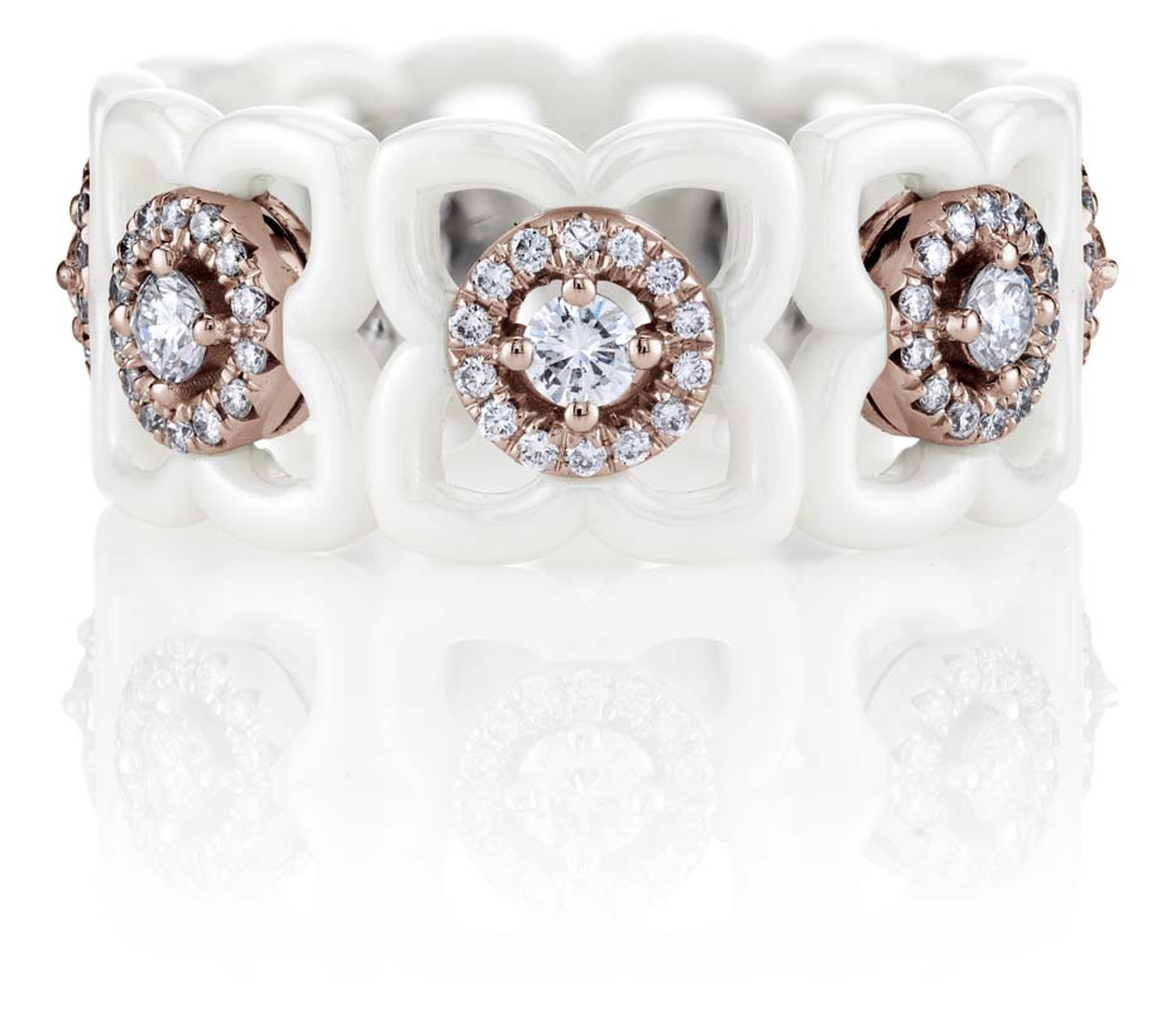 De Beers Enchanted Lotus Daylight ring featuring white ceramic, pink gold and round diamonds.