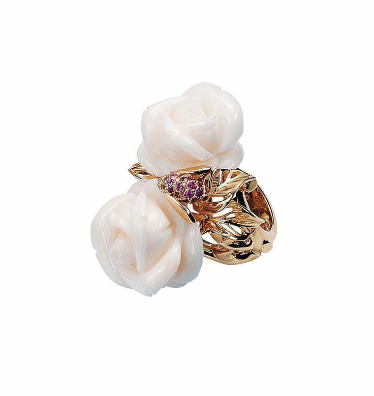 Rose Dior Pré Catelan ring with two white coral roses on a yellow gold band set with pink sapphires (£10,300).