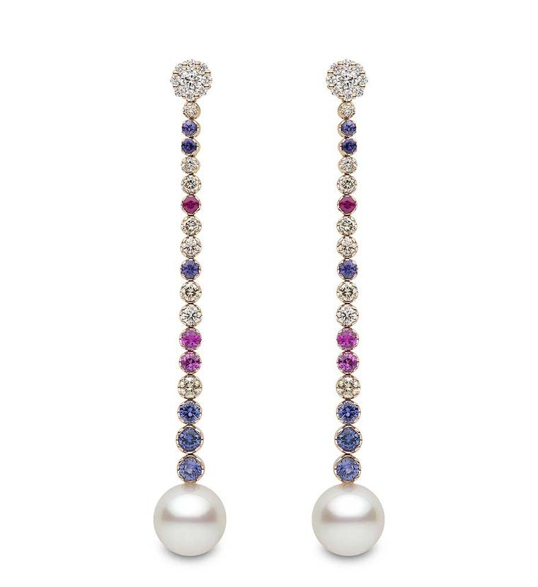 Gift ideas for women: pearl earrings with a playful streak