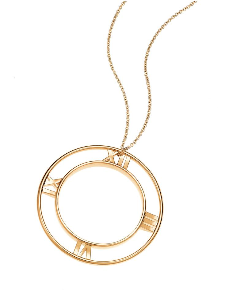 Tiffany Atlas round pendant in yellow gold