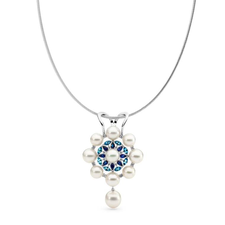 Linneys necklace in white gold with Australian South Sea pearls, diamonds, sapphires and aquamarines.