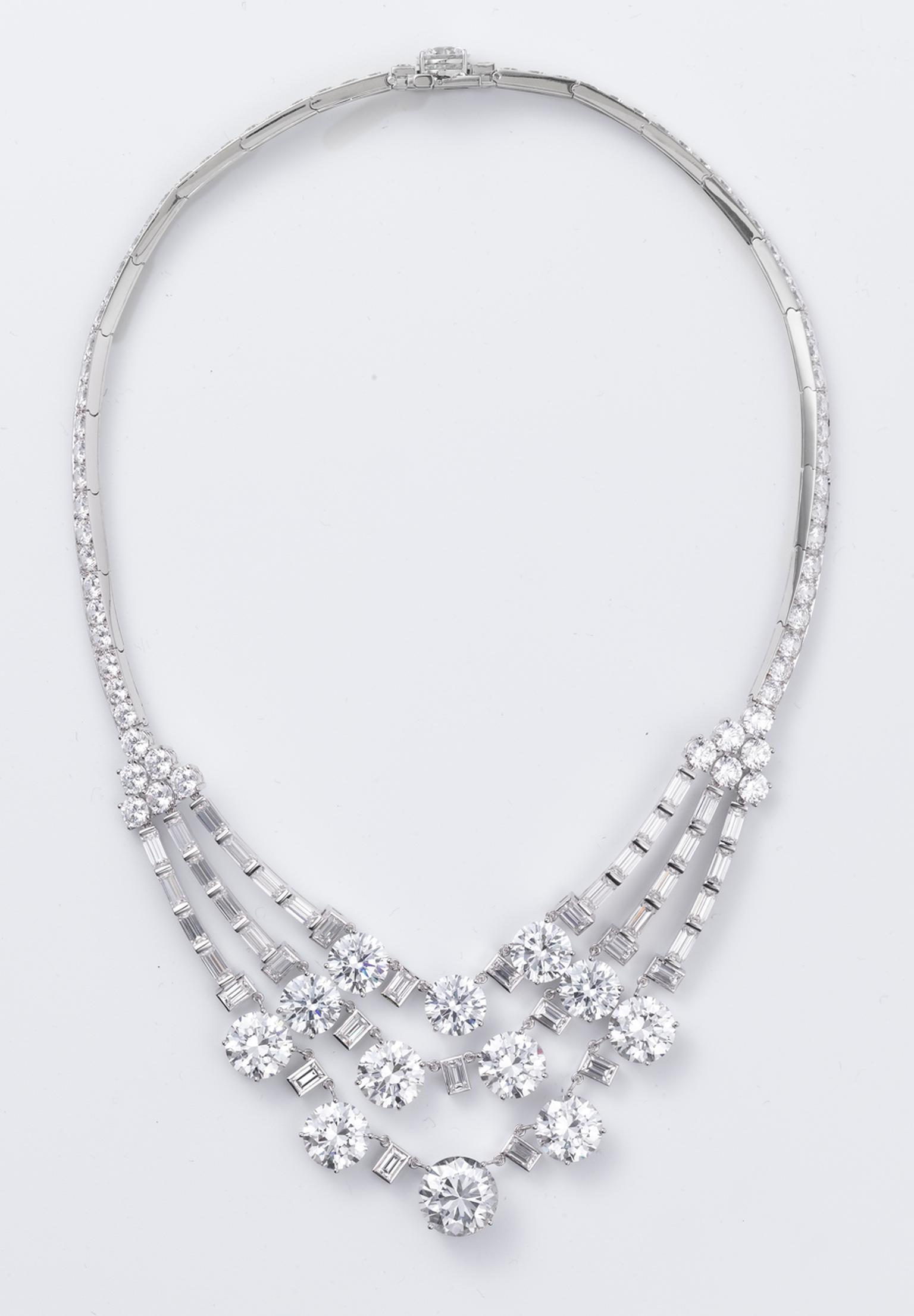 Cartier reproduction of the 1953 three-strand diamond necklace given to Grace Kelly and worn by Nicole Kidman in the film Grace of Monaco by Olivier Dahan. (Photo credits: Amélie Garreau © Cartier)