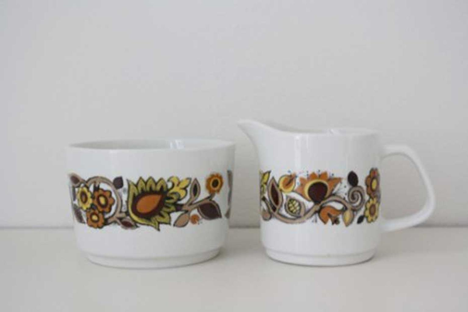Louis Vuitton jug and sugar bowl set from the 60s Flower collection.