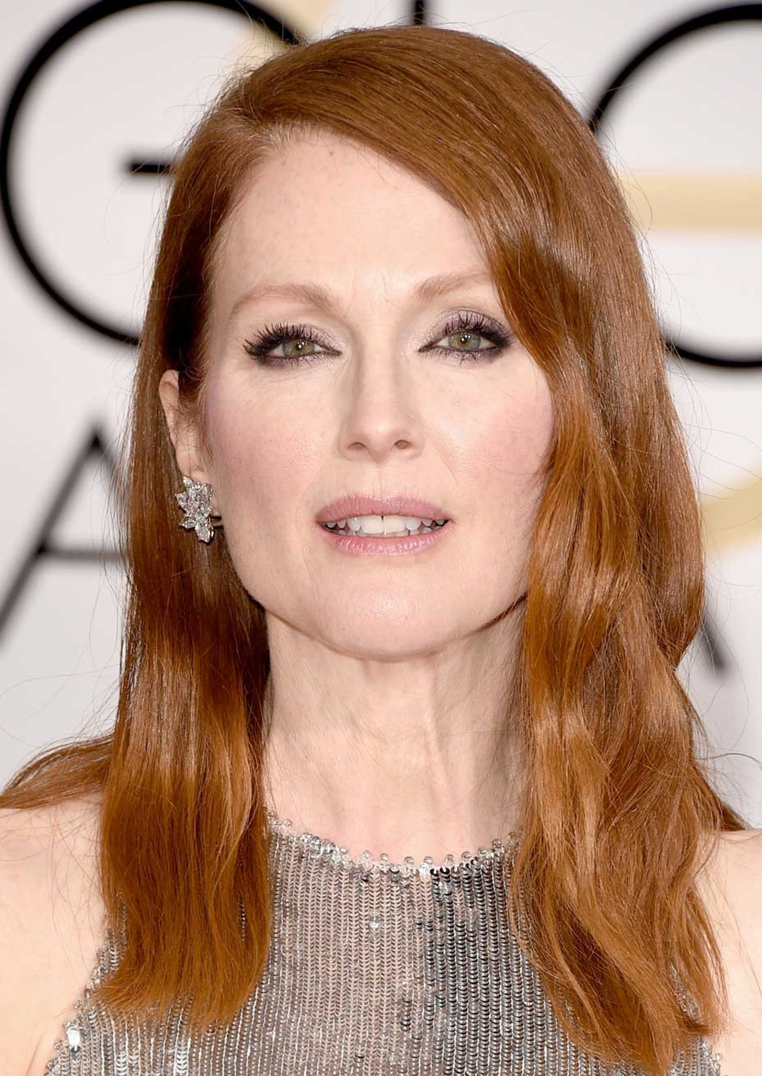 Julianne Moore wore Chopard diamonds from the High Jewelry Collection at the 2015 Golden Globes.