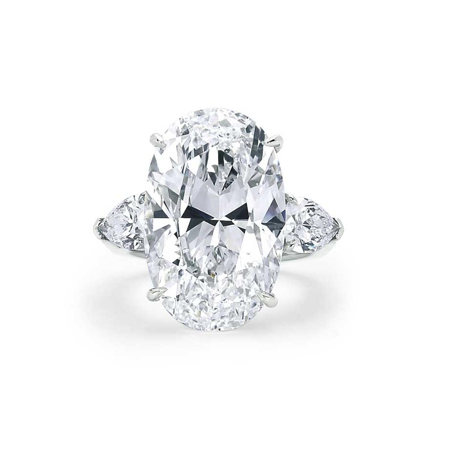 American actress Kate Hudson also wore this Forevermark diamond ring, which features a 14.58ct oval Forevermark diamond with pear diamonds set in platinum.