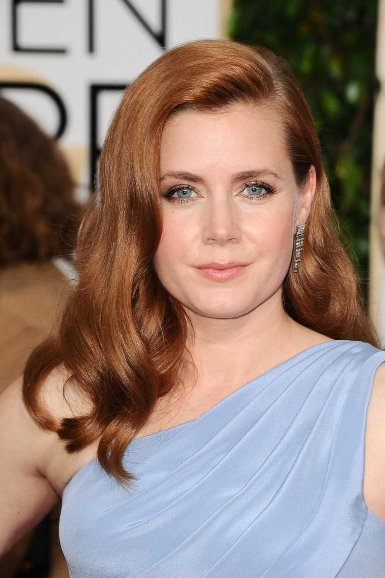 Amy Adams joined a host of stars wearing platinum jewellery on the red carpet at the 2015 Golden Globes in these platinum and diamond earrings from Tiffany & Co.