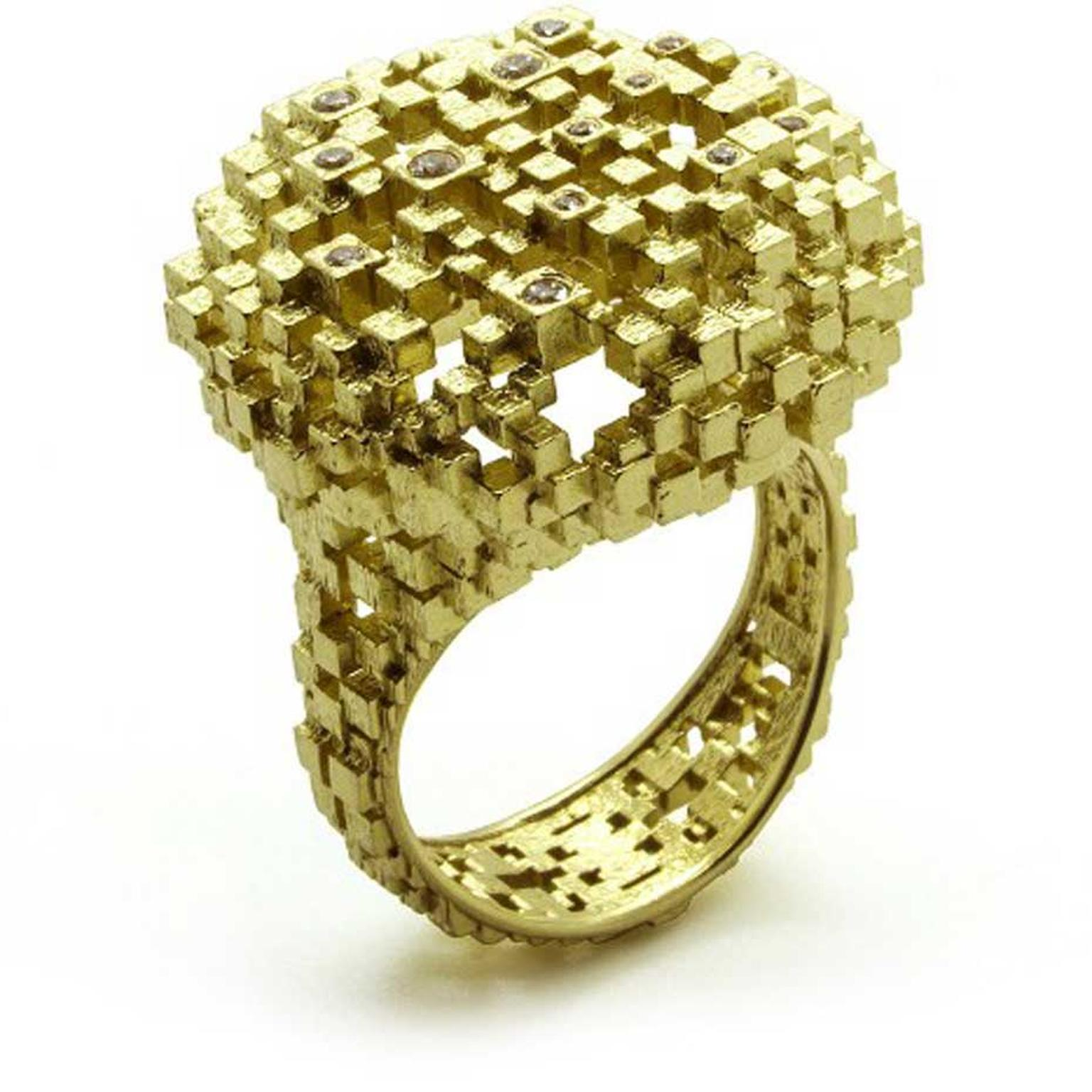Jo Hayes Ward Diamond Cushion ring in yellow gold with 15 brilliant-cut diamonds.