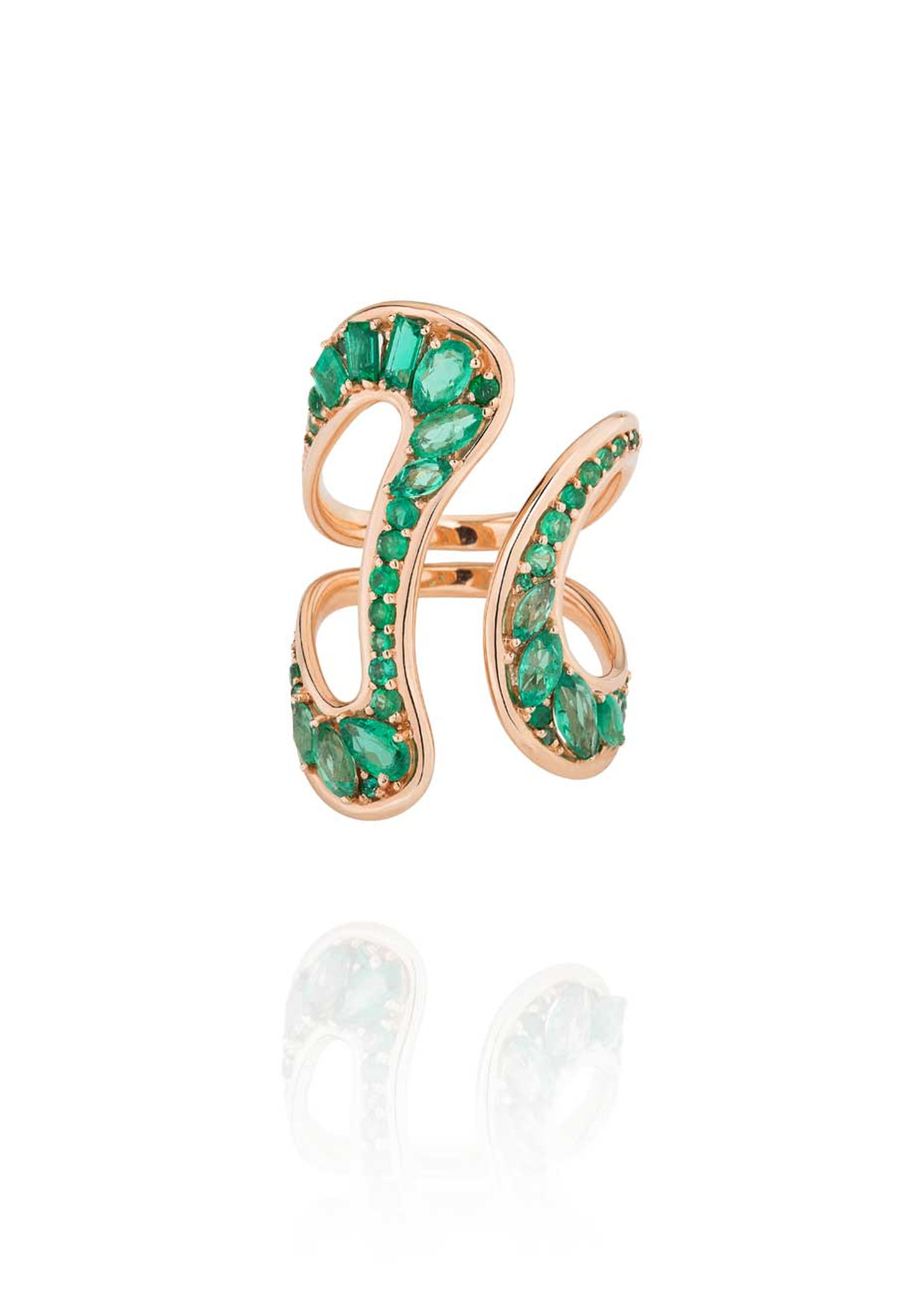 Fernando Jorge Stream emerald ring in rose gold.
