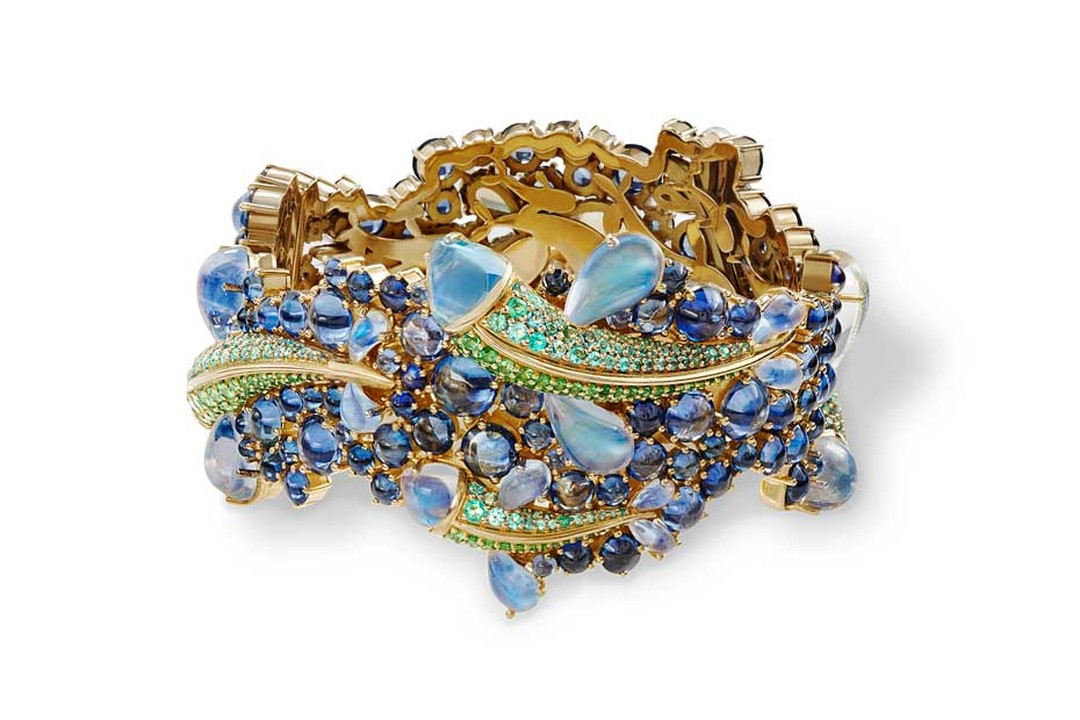 Temple St. Clair Flying Fish bracelet in yellow gold, set with Royal Blue moonstones, sapphires, tsavorites and Paraiba tourmalines, from the new Mythical Creatures from the Golden Menagerie high jewelry collection.