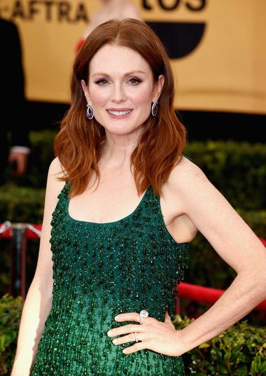 2015 SAG Award winner Julianne Moore wore jewelry from Chopard's Imperiale and High Jewelry collections on the red carpet.