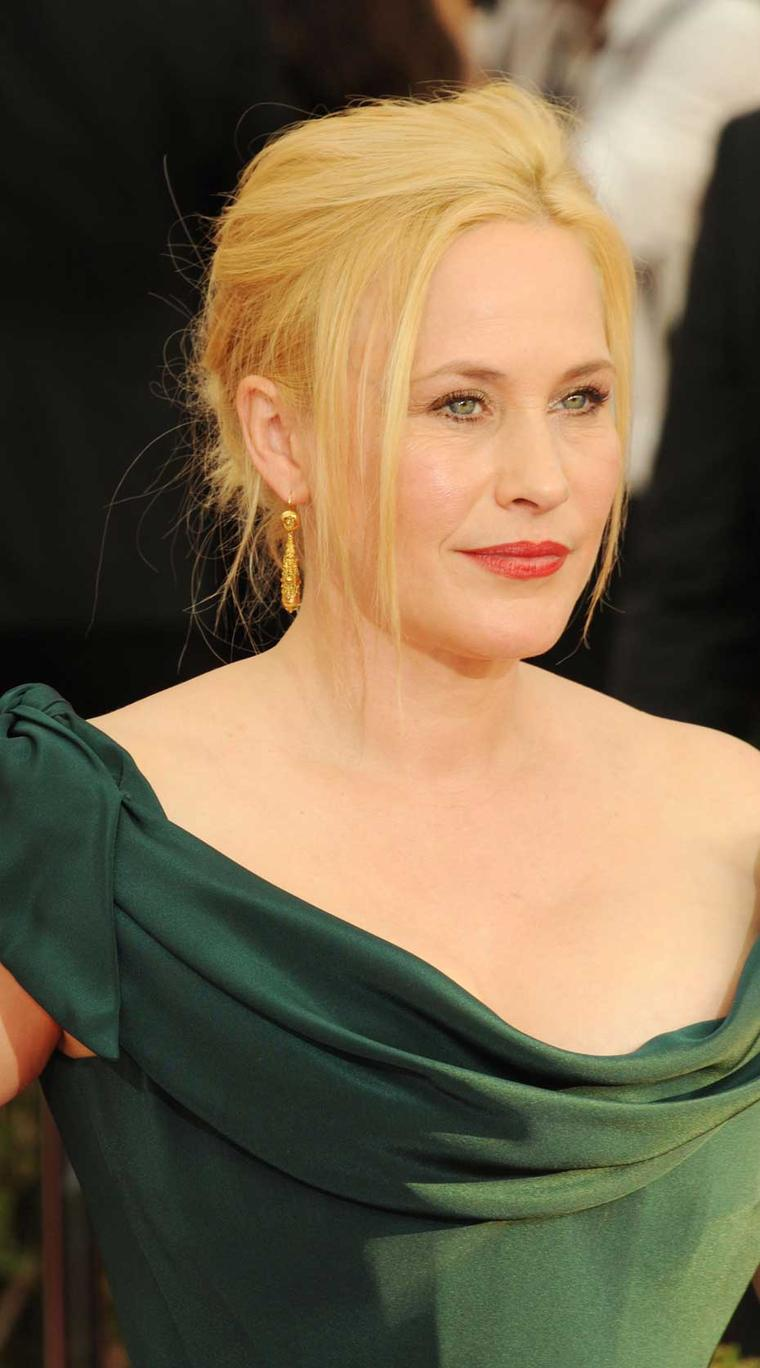 Patricia Arquette, who won an award for Outstanding Performance by a Female Actor in a Supporting Role, also wore Fred Leighton jewelry on the red carpet at the 2015 Screen Actors Guild Awards.