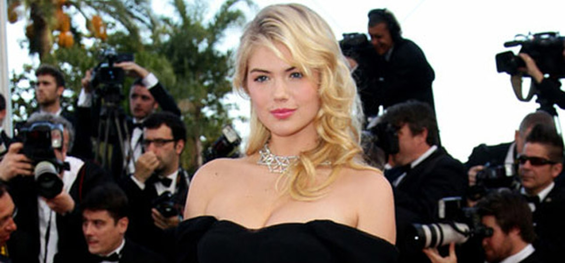 Cannes -Kate -Upton -HP645