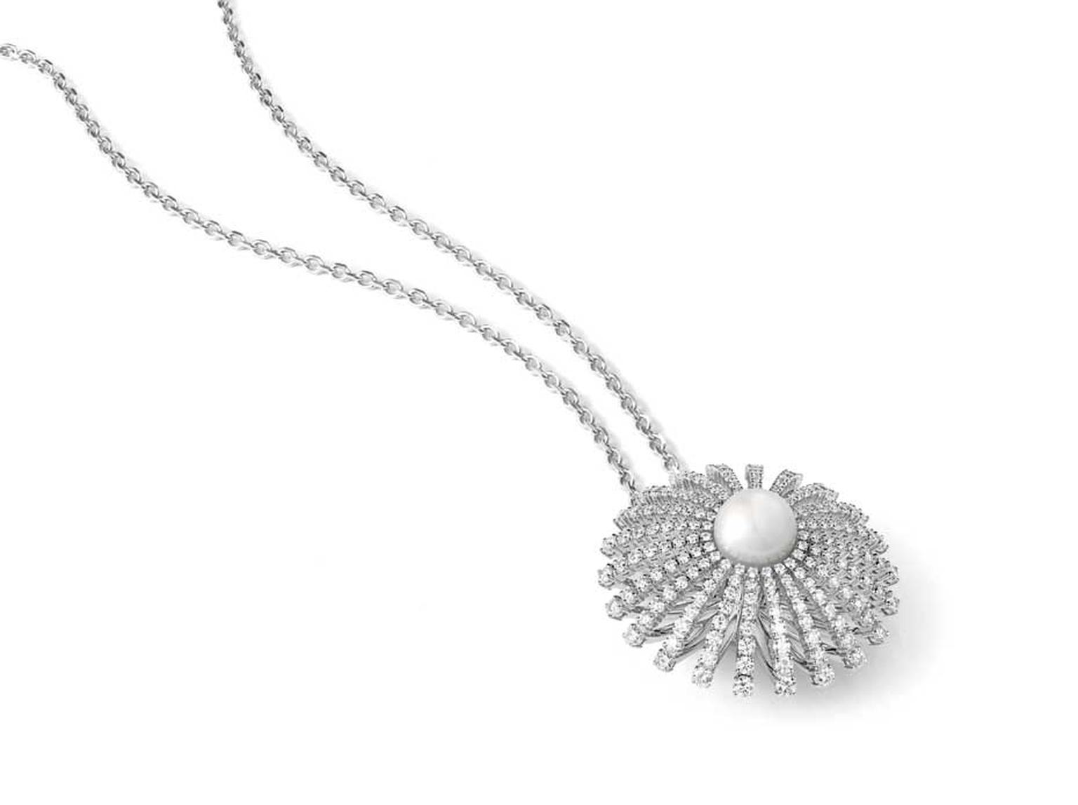 Alexander Arne Transformers pearl necklace, which can also be worn as a hairpin and ring.