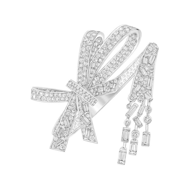 From the new Les Intemporels de Chanel collection, this Ruban bracelet in white gold is set with 23 baguette-cut diamonds and 384 brilliant-cut diamonds.