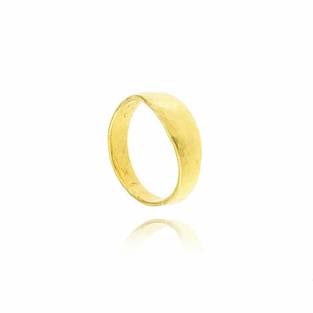 Pippa Small's new collection of ethical wedding bands are made from yellow Fairtrade gold sourced from mines in Peru and Bolivia.
