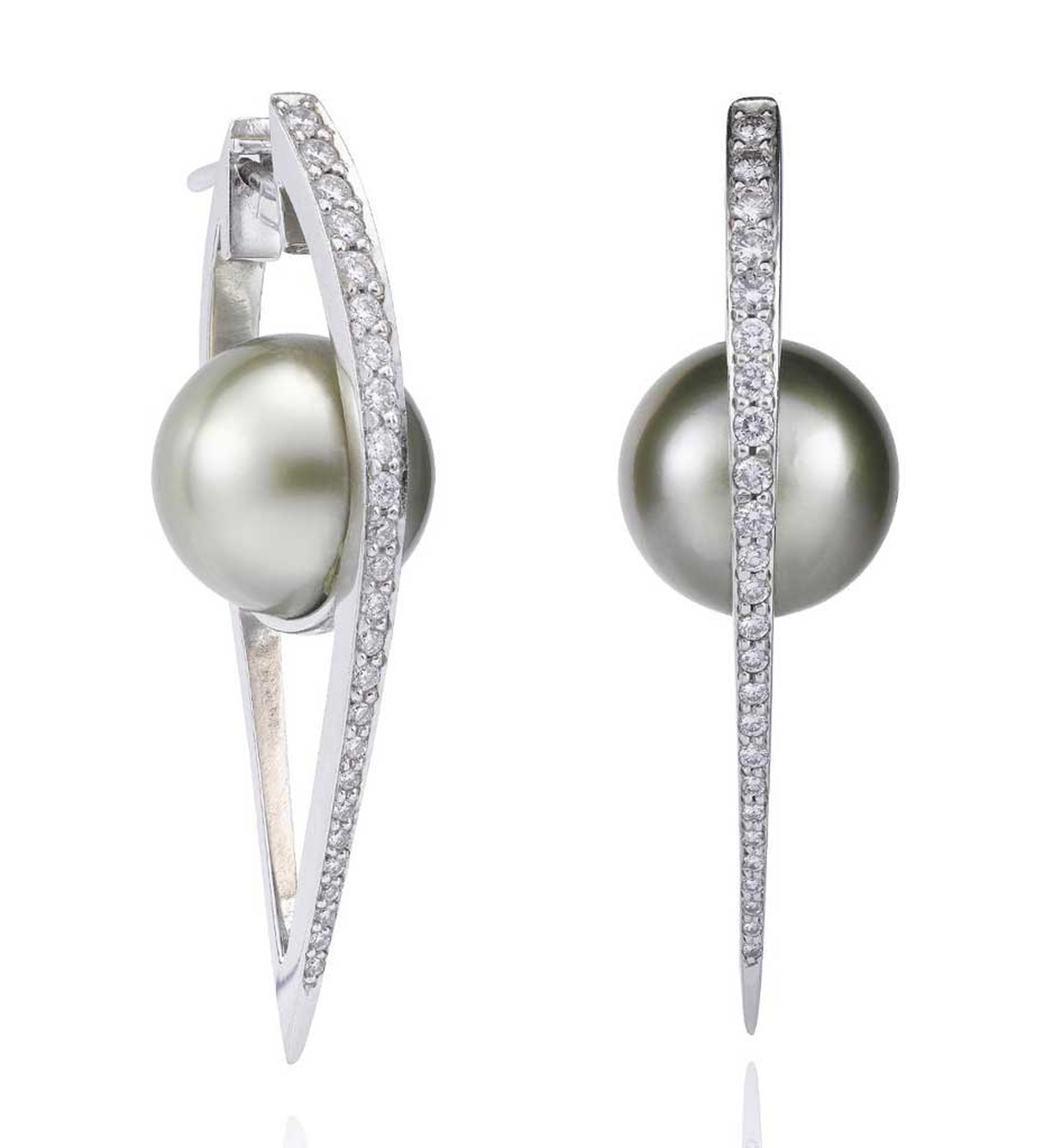 Cutting Edge Pearl Earrings from Boodles featuring a cultured Tahitian pearl, set with round brilliant-cut diamonds, in white gold.