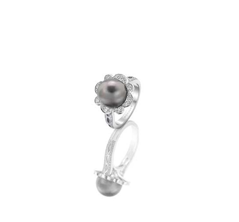 Rococo Pearl and Diamond Ring from Boodles with 10mm Tahitian pearl, 0.49ct of round brilliant-cut diamonds, in white gold.