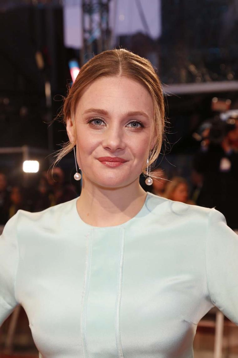 Romola Garai wore a pair of YOKO London Australian South Sea pearl earrings with diamonds.