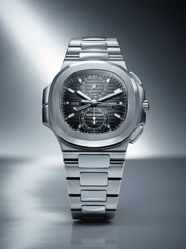 The Patek Philippe Nautilus watch, designed in 1976 by Gérald Genta, was housed, like the Royal Oak, in a stainless steel case.