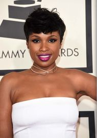 Actress and singer Jennifer Hudson kept her red carpet jewelry simple with a Marli diamond choker for the 57th Grammy awards in Los Angeles.