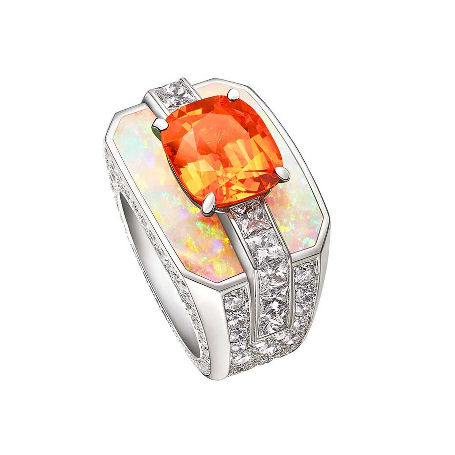 Louis Vuitton white gold ring with a mandarin garnet, opals and diamonds from the Chain Attraction collection.