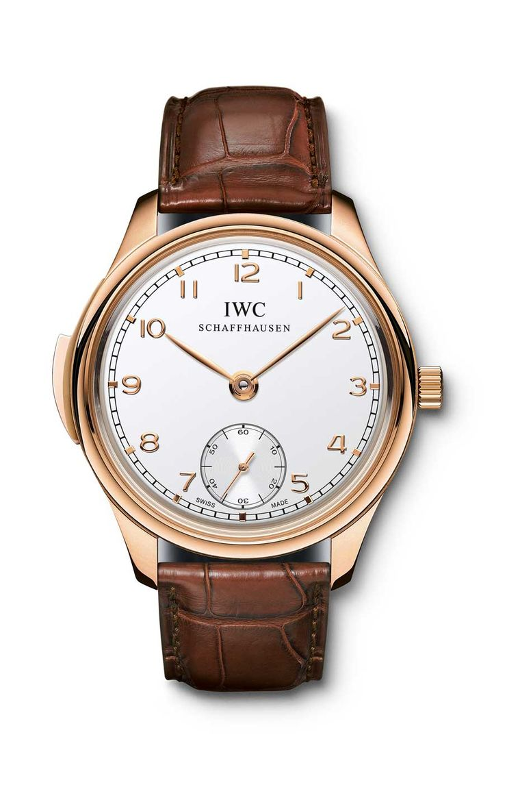 IWC Portugieser Minute Repeater is equipped with the same repeating mechanism as the Grande Complication model and is presented in 44mm platinum or rose gold cases, limited to 500 pieces each.