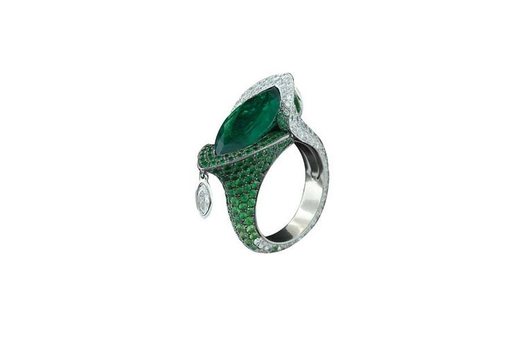 This beautiful emerald ring is another of the high jewellery pieces Avakian will be showing in Doha at the DJWE.