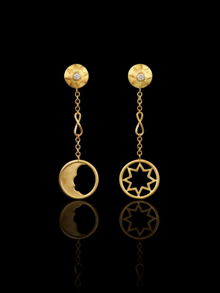 Liv Ballard Collection Cosmos earrings in yellow gold and diamonds.